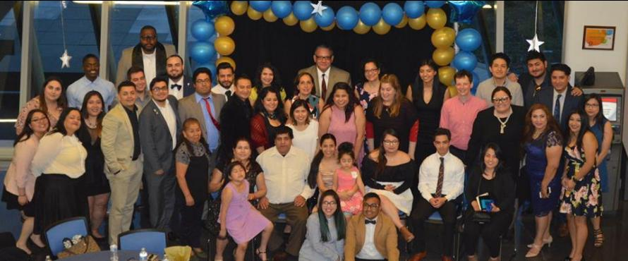 El Centro Scholars and staff group picture