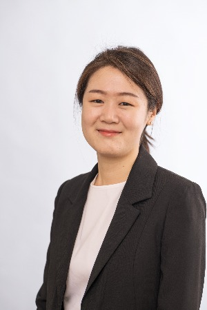 Photo of Dr. Senyung Lee