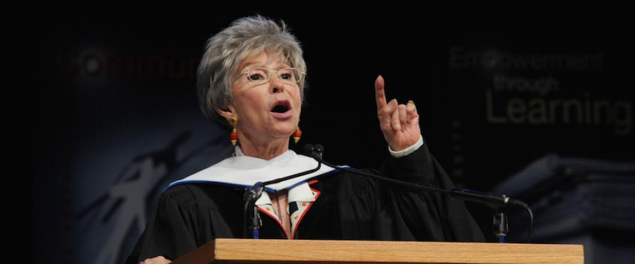 Commencement Speaker Rita Moreno at NEIU