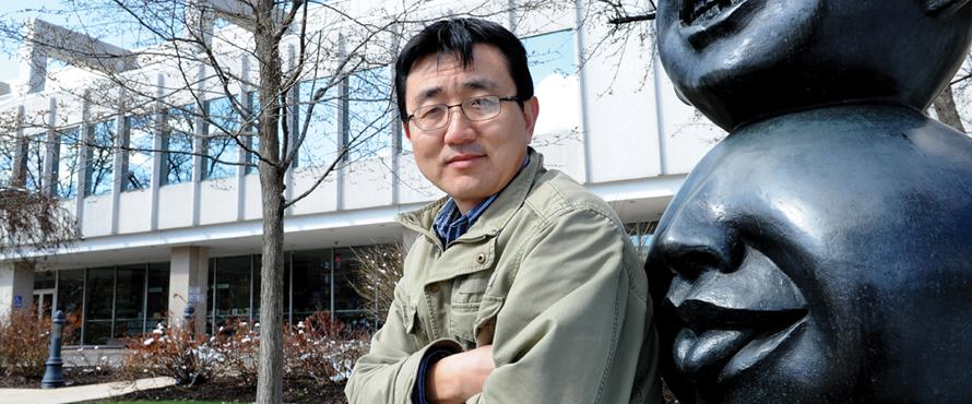 Shencheng Xu, associate professor, art