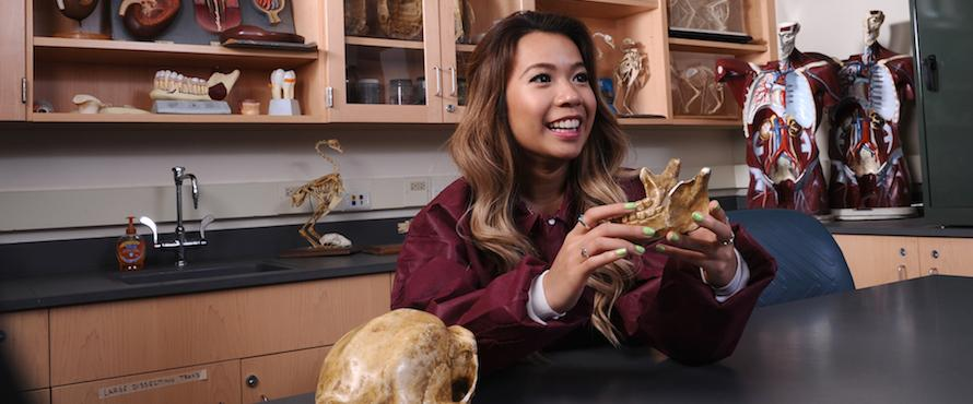 Wanda Nguyen works in a Biology lab.